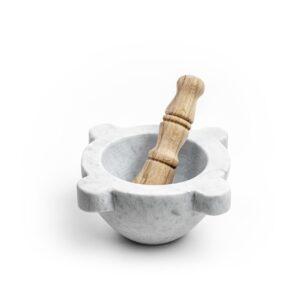 mortaio-in-marmo-bianco-con-pestello-in-legno-di-fiammettav-home-collection